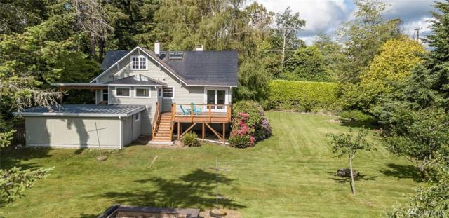 11530 103rd Ave SW, Vashon, WA 98070 (#1300514) :: Real Estate Solutions Group