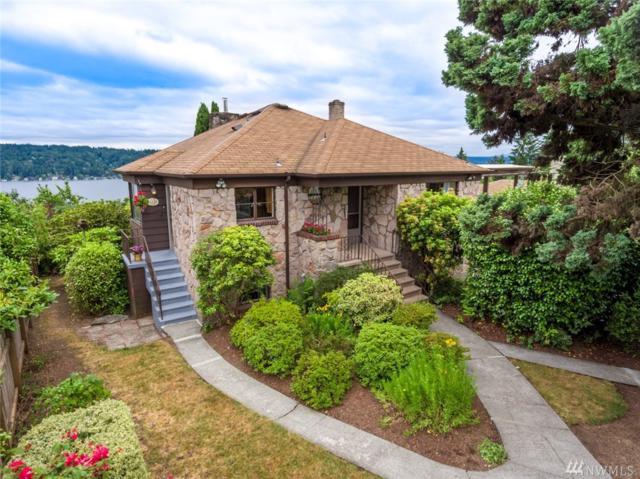 11328 Sand Point Wy NE, Seattle, WA 98125 (#1303309) :: KW North Seattle