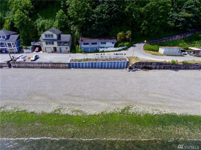 3238 Shoreline Dr, Camano Island, WA 98282 (#1304010) :: Real Estate Solutions Group