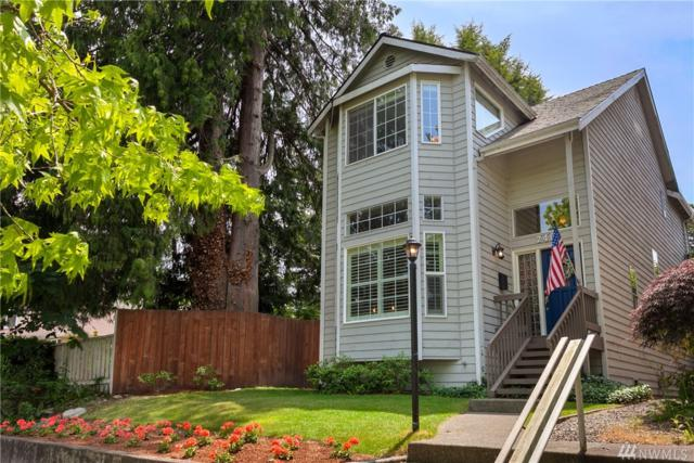 2405 N 65th St, Seattle, WA 98103 (#1307121) :: Real Estate Solutions Group