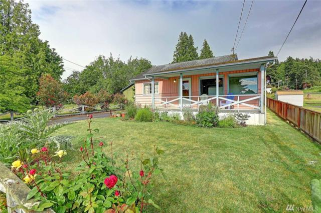 112 North Sunset, Camano Island, WA 98282 (#1308723) :: Tribeca NW Real Estate