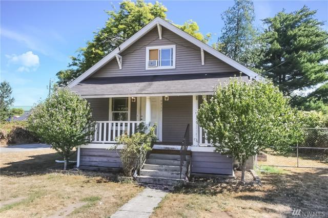 9717 A St S, Tacoma, WA 98444 (#1309141) :: Homes on the Sound