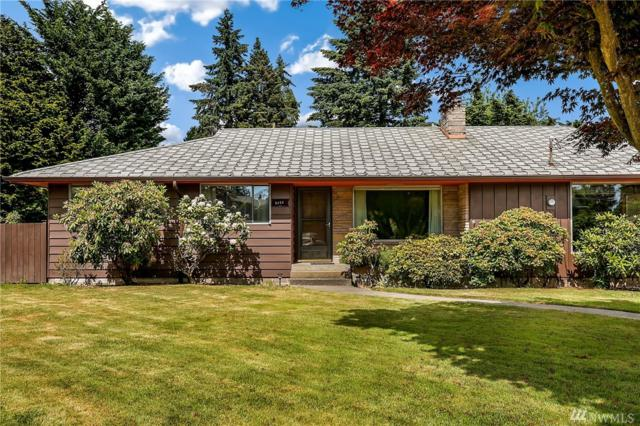 2122 N 134th St, Seattle, WA 98133 (#1309180) :: Homes on the Sound