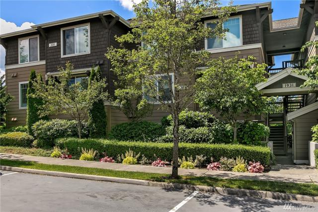 1931 23rd Place NE #201, Issaquah, WA 98029 (#1309942) :: Homes on the Sound