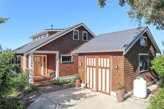 2208 Walnut St, Port Townsend, WA 98368 (#1310187) :: Tribeca NW Real Estate