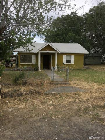 261 Ephrata Ave NW, Soap Lake, WA 98851 (#1310980) :: Real Estate Solutions Group