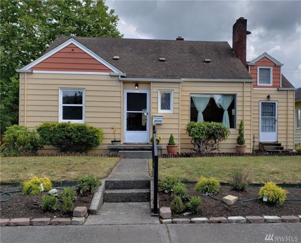 2113 Cedar St, Everett, WA 98201 (#1311954) :: Real Estate Solutions Group