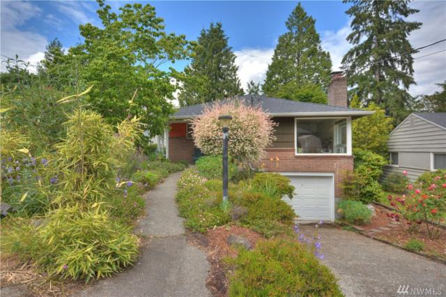 3834 NE 92nd St, Seattle, WA 98115 (#1311990) :: Real Estate Solutions Group