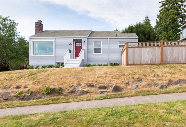 3022 W Smith St, Seattle, WA 98199 (#1312043) :: The DiBello Real Estate Group