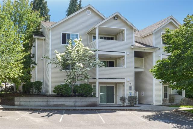 11915 Roseberg Ave S #201, Seattle, WA 98168 (#1312488) :: The DiBello Real Estate Group