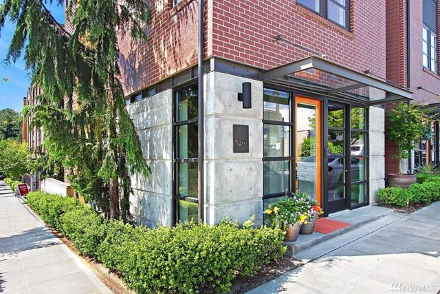 3201 W Lynn St, Seattle, WA 98199 (#1312647) :: The Home Experience Group Powered by Keller Williams