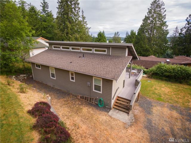 2936 Cedar Ave, Lummi Island, WA 98262 (#1312784) :: KW North Seattle