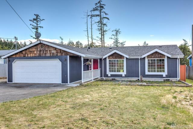 1113 Paul Ave, Oak Harbor, WA 98277 (#1313344) :: Chris Cross Real Estate Group