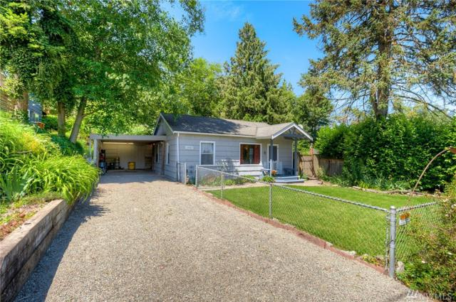 10047 36th Ave NE, Seattle, WA 98125 (#1313547) :: Real Estate Solutions Group