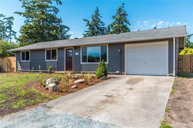 1100 Greenwood St, Oak Harbor, WA 98277 (#1315504) :: Real Estate Solutions Group