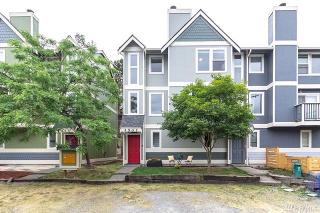 2507 SW Cloverdale St, Seattle, WA 98106 (#1316284) :: Real Estate Solutions Group