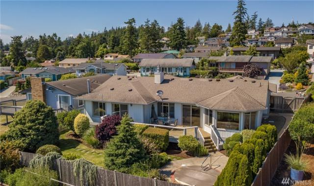 5207 Heather Dr, Anacortes, WA 98221 (#1316620) :: Real Estate Solutions Group