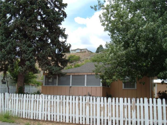 1423 3rd Ave N, Okanogan, WA 98840 (#1316964) :: Real Estate Solutions Group