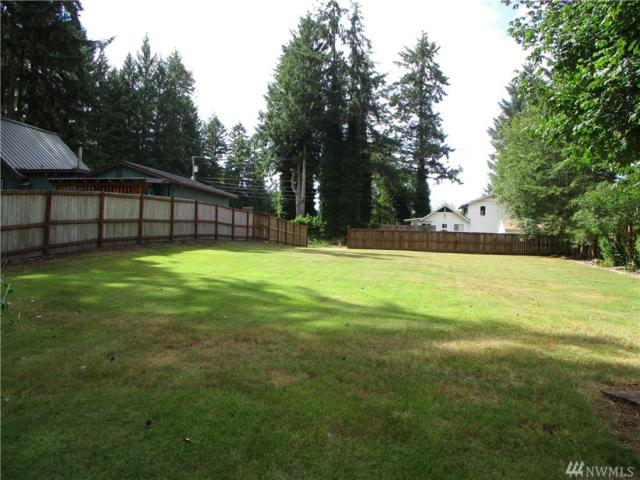 670 E Creekside Dr, Belfair, WA 98528 (#1318380) :: Real Estate Solutions Group