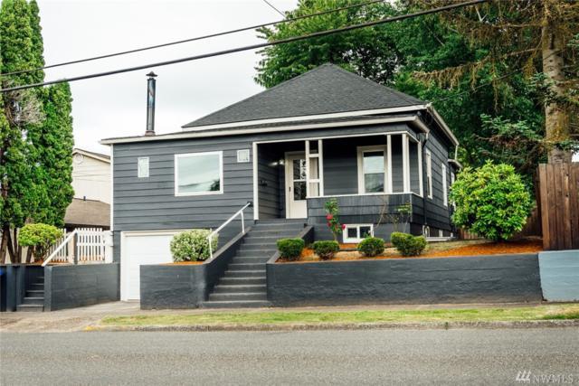 704 N 7th Ave, Kelso, WA 98626 (#1321569) :: Keller Williams - Shook Home Group