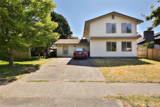 7048 25th Ave NE, Seattle, WA 98115 (#1323581) :: Beach & Blvd Real Estate Group