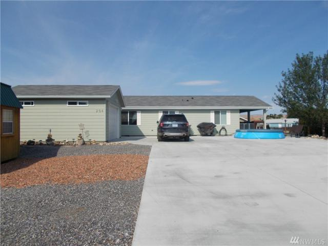 204 SW Fairway Place, Mattawa, WA 99349 (#1323869) :: Keller Williams Realty Greater Seattle