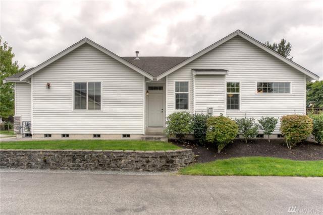 814 10th St SE, Puyallup, WA 98372 (#1324702) :: Icon Real Estate Group