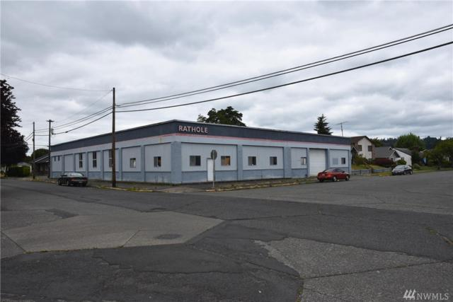 1517 9th Ave, Longview, WA 98632 (#1325303) :: Carroll & Lions