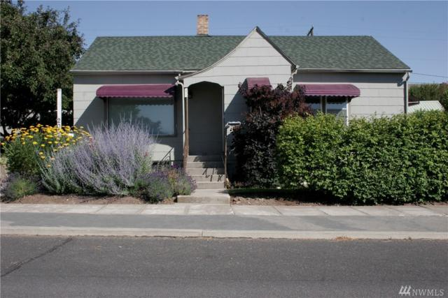 205 W 3rd Ave, Ritzville, WA 99169 (#1325386) :: Keller Williams Everett