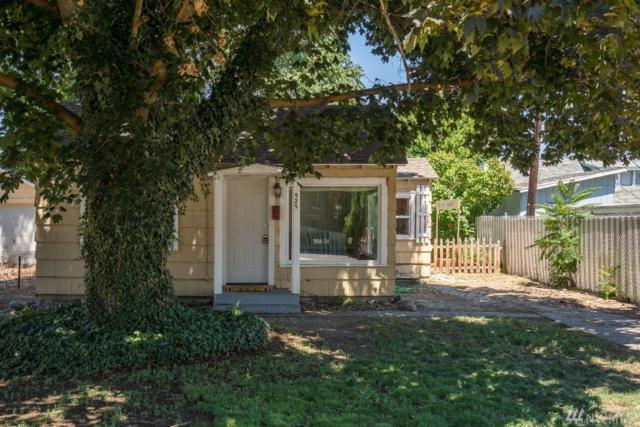 525 Ross Ave, Wenatchee, WA 98801 (#1326091) :: NW Home Experts