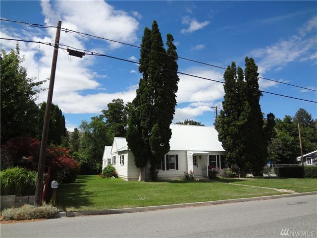 304 Locust Ave S, Tonasket, WA 98855 (#1327491) :: Keller Williams Realty Greater Seattle