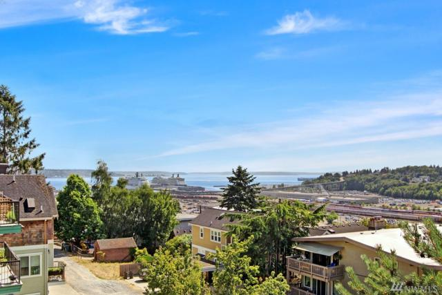 2557 13th Ave W, Seattle, WA 98119 (#1327660) :: The Kendra Todd Group at Keller Williams