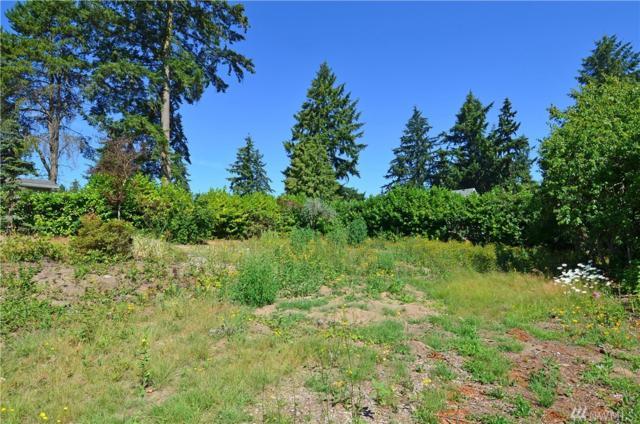 5618 S Avon St, Seattle, WA 98178 (#1328479) :: The DiBello Real Estate Group