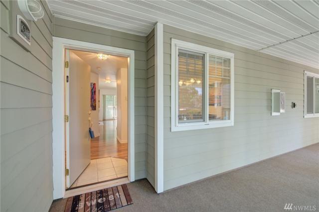 18501 SE Newport Wy K-345, Issaquah, WA 98027 (#1328482) :: Ben Kinney Real Estate Team