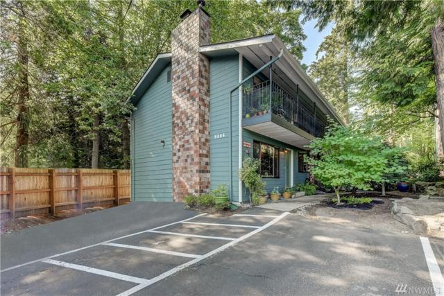 9906 NE 190th St A, Bothell, WA 98011 (#1328549) :: The Home Experience Group Powered by Keller Williams