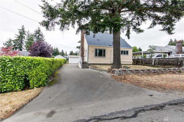 2218 S 132nd St, SeaTac, WA 98168 (#1328638) :: Keller Williams - Shook Home Group