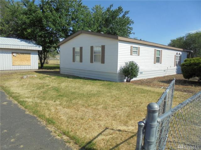 74 NW Adrian Ave, Soap Lake, WA 98851 (#1329955) :: Ben Kinney Real Estate Team
