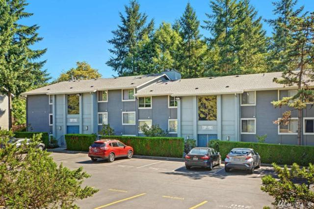 4717 W Lake Sammamish Pkwy SE C301, Issaquah, WA 98027 (#1330054) :: Ben Kinney Real Estate Team