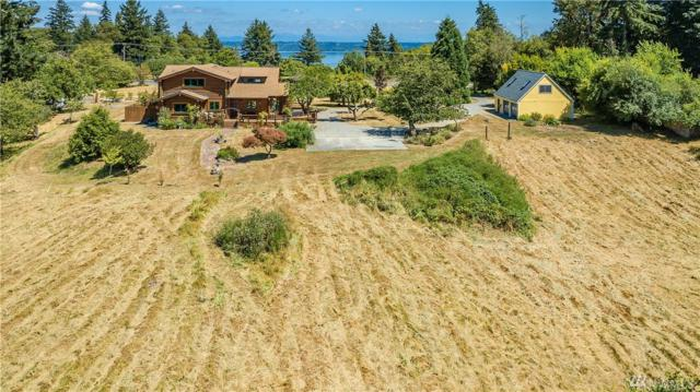 13705 Vashon Hwy SW, Vashon, WA 98070 (#1330953) :: Better Homes and Gardens Real Estate McKenzie Group
