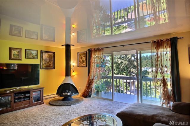 5021 Ripley Lane N #309, Renton, WA 98056 (#1330986) :: Icon Real Estate Group
