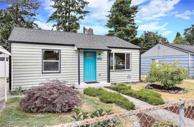 1113 118th St S, Tacoma, WA 98444 (#1331717) :: Keller Williams Realty