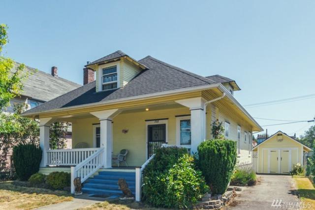 722 N Pearl St, Centralia, WA 98531 (#1332619) :: Keller Williams Realty Greater Seattle