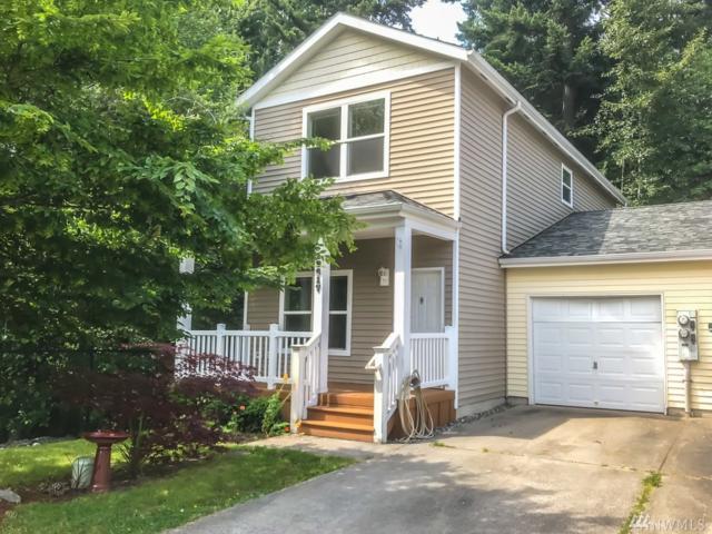 12617 15 Ave W, Everett, WA 98204 (#1333243) :: Beach & Blvd Real Estate Group