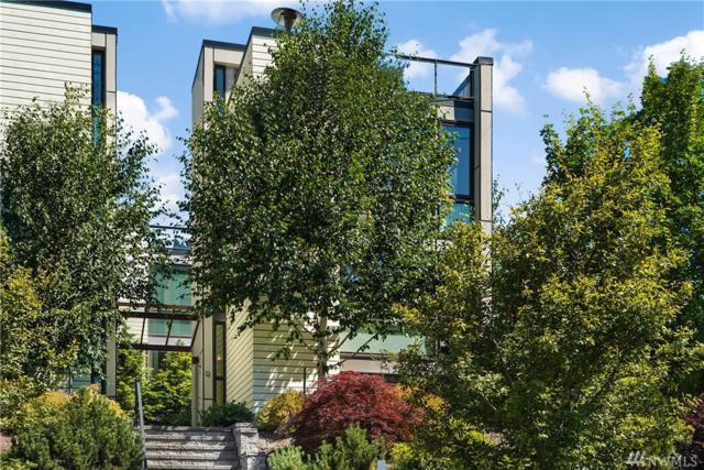 814 N 36th St, Seattle, WA 98103 (#1335437) :: Keller Williams Everett