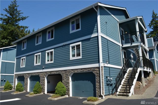 12516 SE 32nd St #27, Bellevue, WA 98005 (#1335509) :: Brandon Nelson Partners