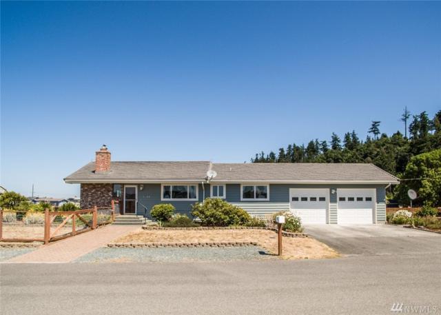3645 Seashore Ave, Greenbank, WA 98253 (#1335629) :: Real Estate Solutions Group