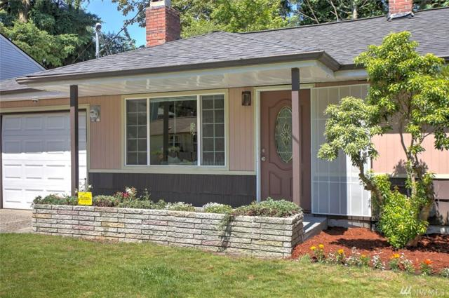 3030 NE 133rd St, Seattle, WA 98125 (#1336303) :: The DiBello Real Estate Group