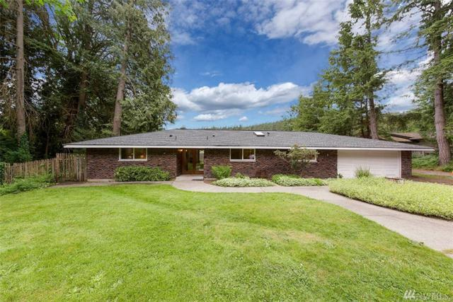 5257 Lynwood Center Rd NE, Bainbridge Island, WA 98110 (#1336357) :: Homes on the Sound