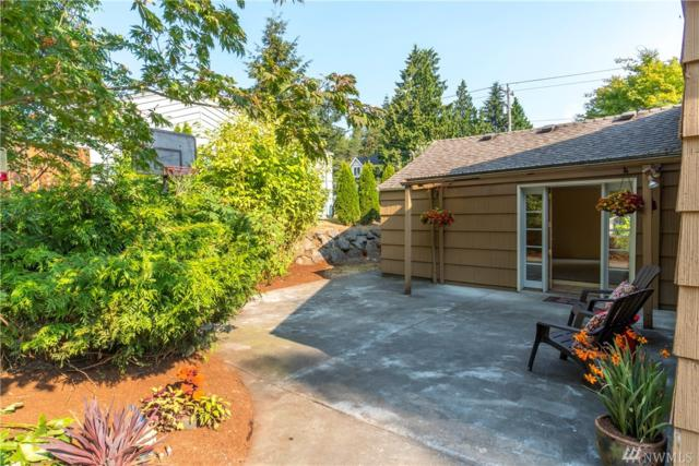 855 NE 170th St, Shoreline, WA 98155 (#1336774) :: KW North Seattle
