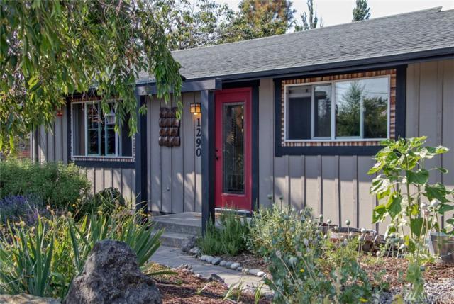 1290 Cedar St, Port Townsend, WA 98368 (#1337685) :: Homes on the Sound